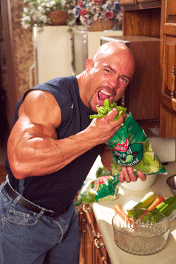 Bodybuilder smash salad